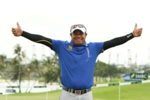 Prayad takes lead in first PGA Championship