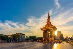 Phnom Penh - A Destination Review by Sylvester van Huisstede